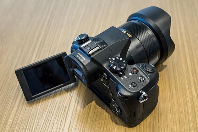 Panasonic представила первый в мире «суперзум» Lumix FZ1000 с поддержкой записи 4K-видео Original