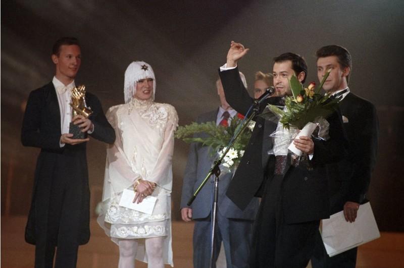 На церемонии вручения национальных музыкальных премий «Овация-93» 26-летний Федор Бондарчук стал главной звездой, получив приз «За лучший клип». история, редкое, фото