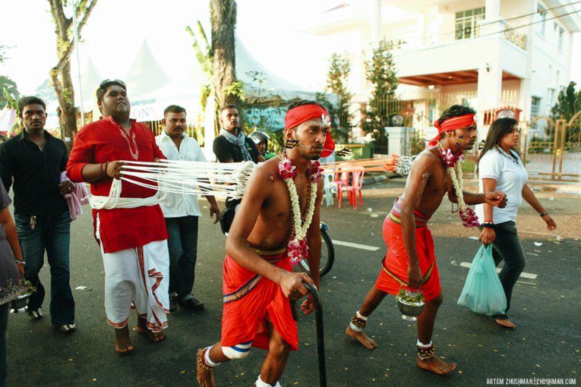 Шокирующий фестиваль Тайпусам в Малайзии