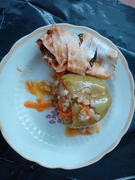 Перец  фаршированный ...сытный и дюже вкусный.