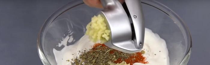 картофель с баклажанами и мясом в духовке