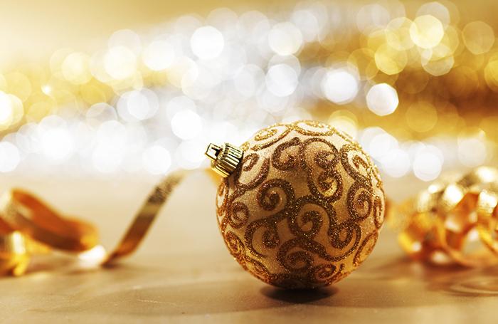 Елочный шар за 30 тысяч. Кто покупает эксклюзивные новогодние игрушки?