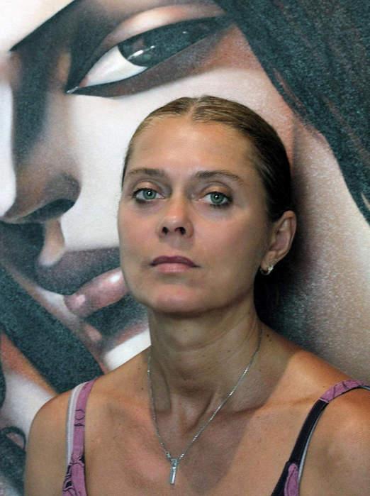 Красивая женщина - это профессия... Художник Ира Тсантекиду