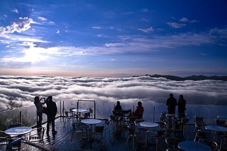Терраса Ункай - волшебное место над облаками