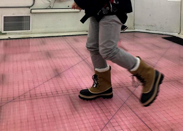 Ученые доказали бесполезность зимних ботинок