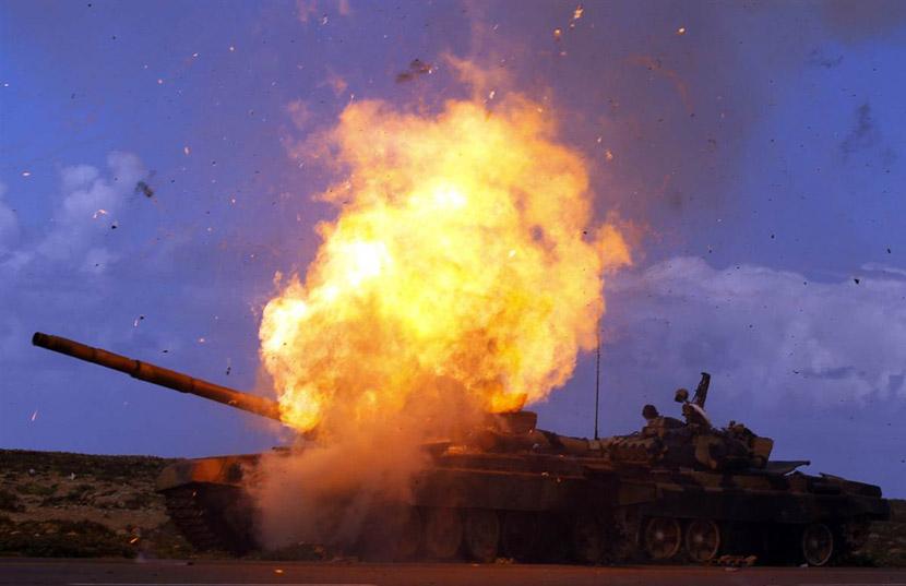 Ужасный взрыв танка!