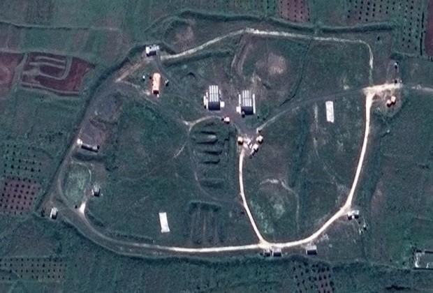 США показали спутниковые снимки последствий ракетного удара по Сирии