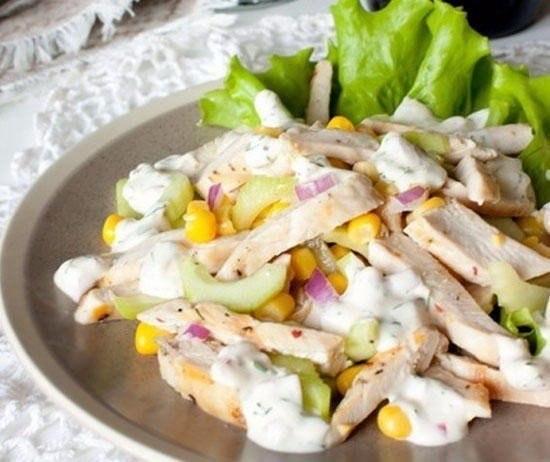 Салаты из курицы и кукуруза рецепты с простые и вкусные