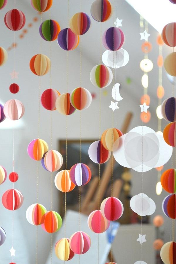 21 идея для декора помещения с помощью обрезков обоев!