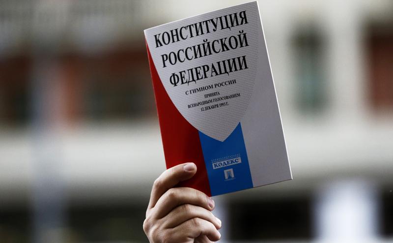 Валентин Катасонов: В России триллионы незаконных рублей