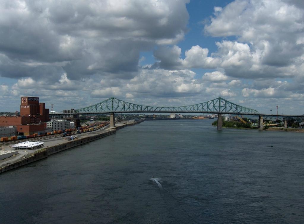 8206 «Золотые ворота» и еще 8 потрясающих мостов для пеших прогулок