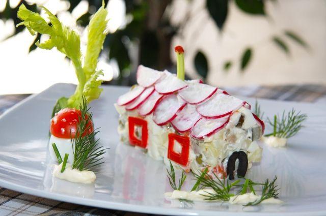 Салат «Домик»: оригинальное оформление простого салата