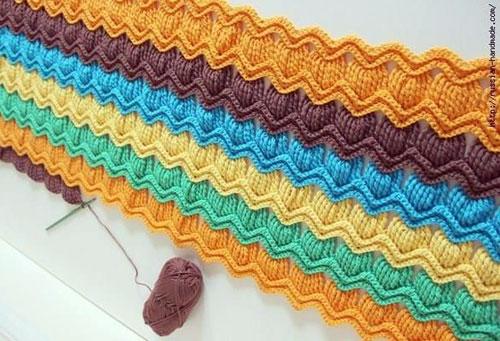Красивые многоцветные плотные узоры крючком со схемами