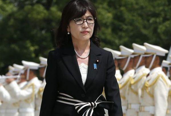 Глава Минобороны Японии Томоми Инада ушла вотставку из-за скандала