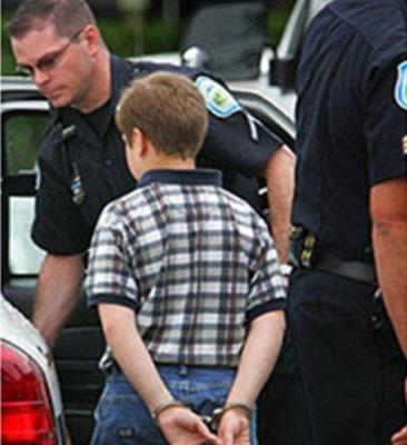 Гамлет отдыхает: ученика американской школы арестовали за отрыжку на уроке