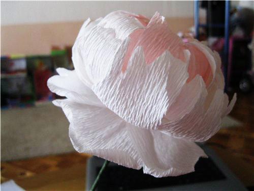 Конфетка из гофрированной бумаги своими руками