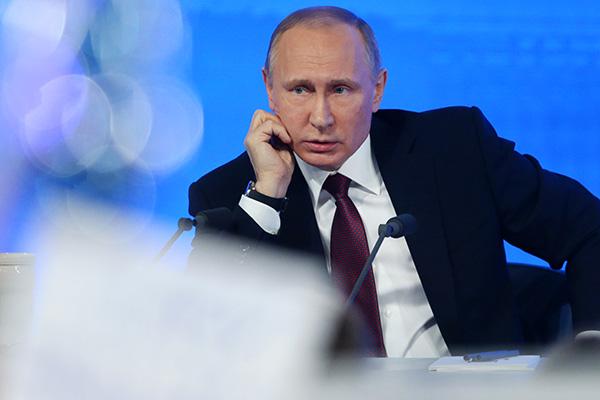 «Часовню — тоже мы?» Лучшие высказывания Путина с большой пресс-конференции