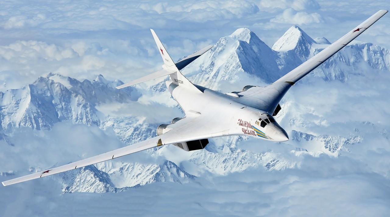 Преображение «Белого лебедя»: в России запустят серийное производство стратегических ракетоносцев Ту-160М2