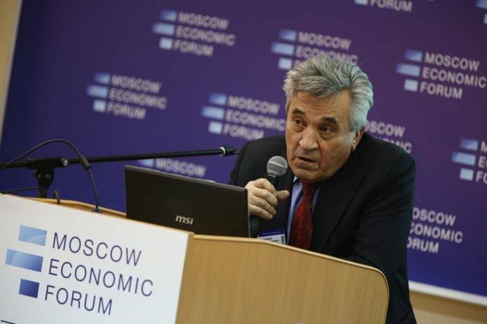 Василий Симчера: Мы торгуем энергоносителями себе в убыток