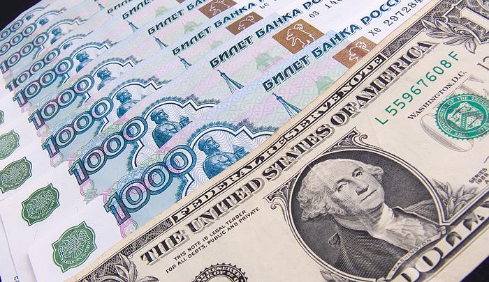 У России нет своей экономики. Наши крупнейшие компании и клиенты банков давно под «колпаком» Запада