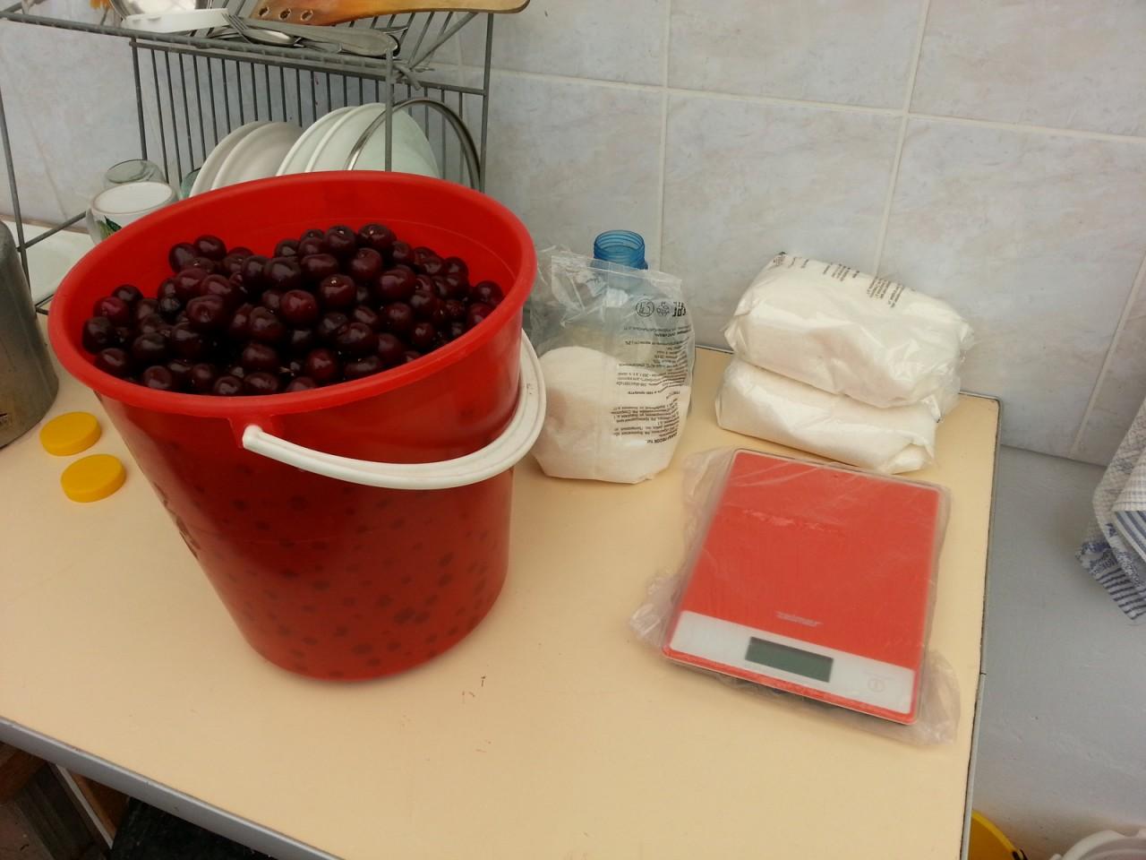 Как сделать великолепное вишневое вино 548