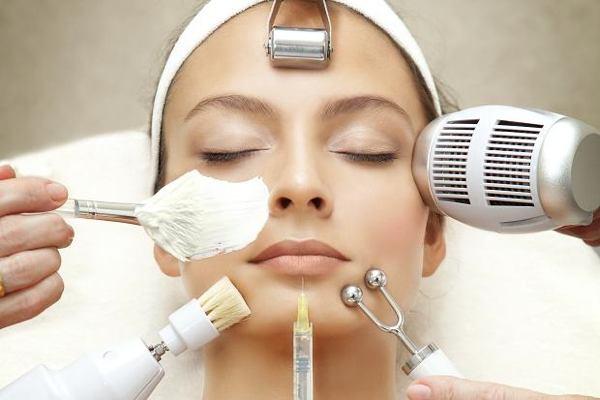 На Камчатке 32-летняя женщина ослепла, посетив салон красоты