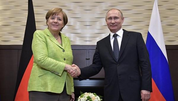 В Киеве обвинили Меркель в п…
