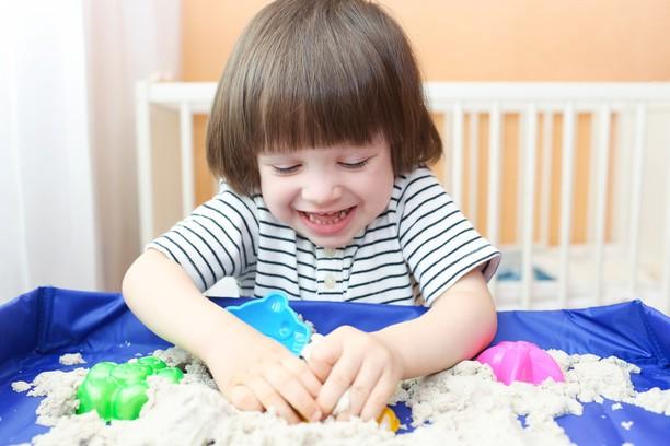 Экономим! Как сделать самим кинетический песок для детских игр