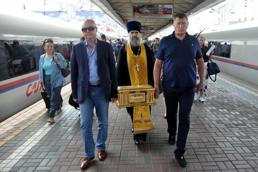 В Кронштадт отправился ковчег с десницей апостола Андрея