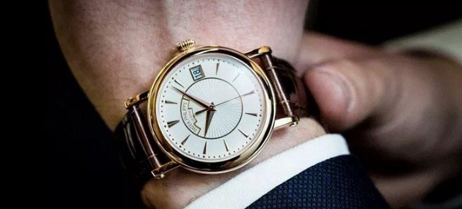 Где купить копии наручных часов известных брендов?