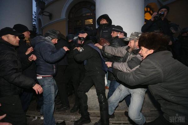 У Порошенко в ярости: Саакашвили перешагнул все рамки дозволенного