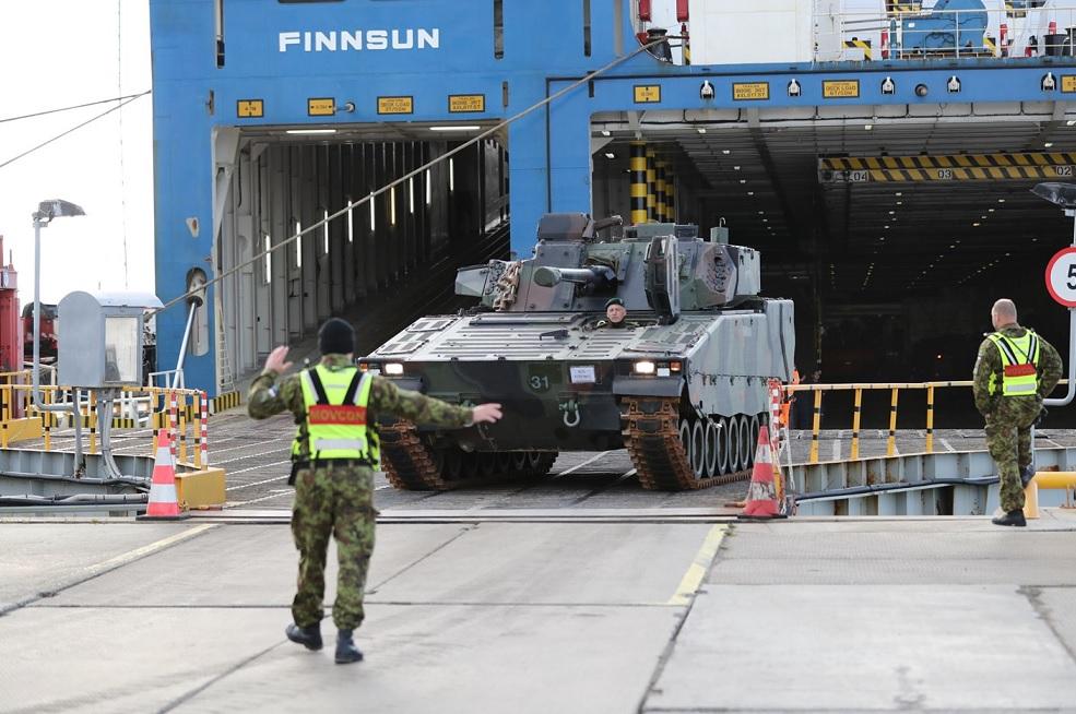 Эстония получила первые боевые машины пехоты CV9035NL Mk III из Нидерландов