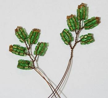 8 веточек для 4 яруса ёлочки из бисера