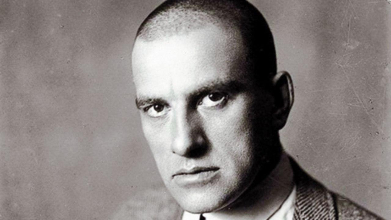 16 советских знаменитостей, которые свели счеты с жизнью. Что толкнуло их на этот шаг?