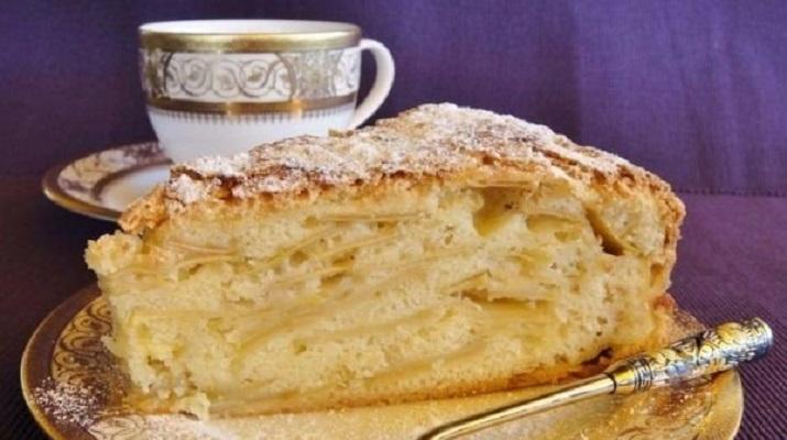 """Простенький яблочный пирог """"Шарлатанка"""""""