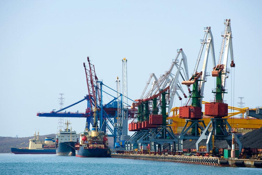 Минтранс выступил за создание единых портовых операторов