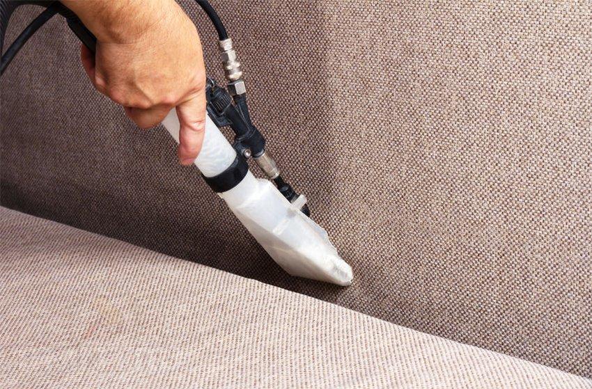 Чистка мебели моющим пылесосом