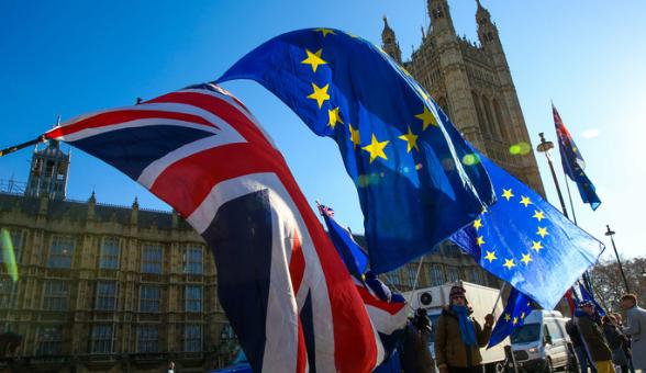 """Лондон готовится к """"ядерному"""" разрыву с ЕС: Британские военные собираются с силами"""