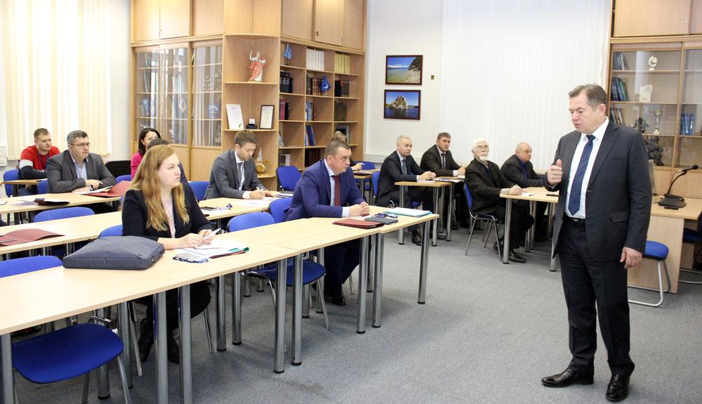 ГОЗ, диверсификация и глобальный контекст: оборонщики повысили квалификацию в ИНЭС