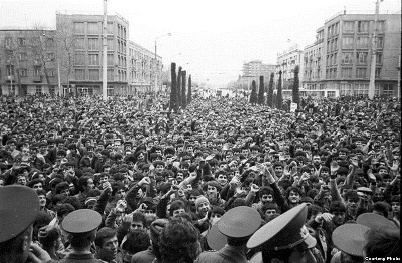 Горячий февраль 1990 года в Душанбе