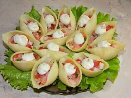 Салат в ракушках
