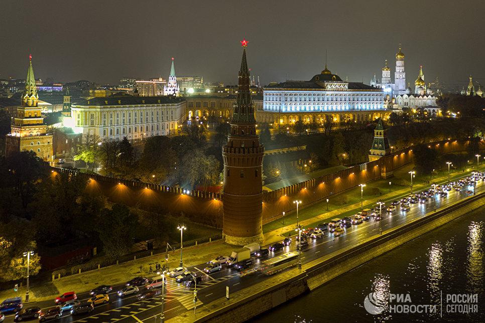 ВЦИОМ: большинство россиян считают, что не надо бороться за отмену санкций