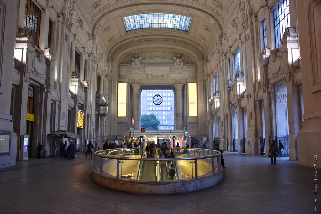 Фантастический вокзал эпохи Муссолини
