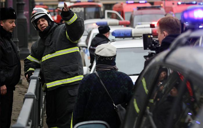 На станции «Площадь Восстания» обезвредили самодельное взрывное устройство