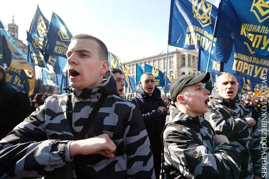 В мире: Почему Порошенко разонравился националистам