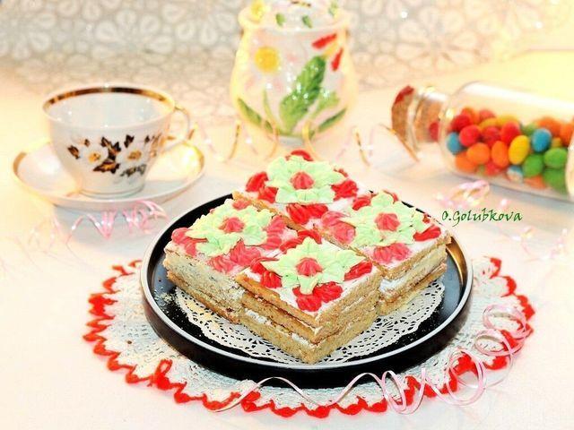 Фото к рецепту: Медовые пирожные  мишуткины грезы