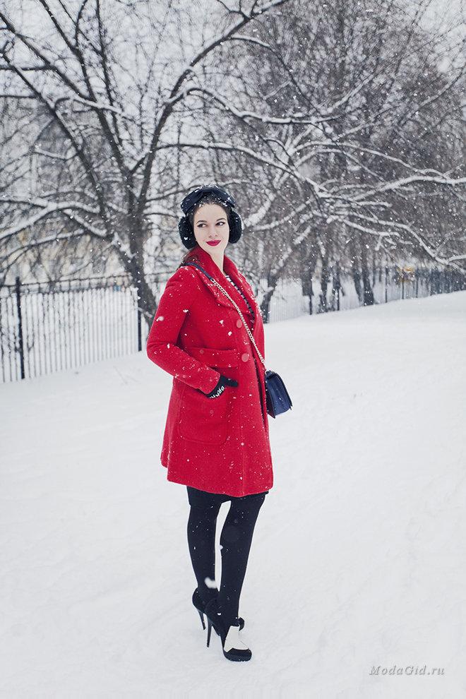 Зимняя уличная мода 2017: модные образы российских блогеров