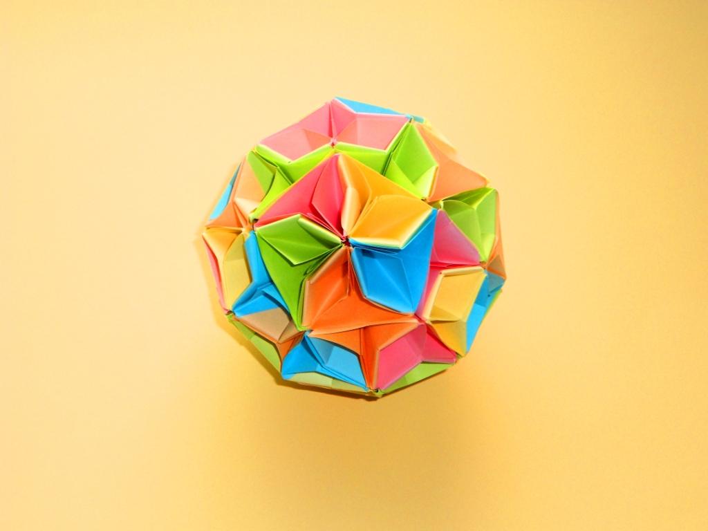 Оригами кусудама шар из бума…
