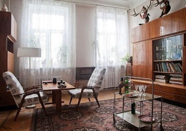 Квартиры, где жизнь остановилась — остатки интерьеров по-советски. А кто-то продолжает в этом жить…
