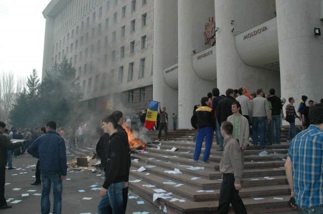 Молдавия выживает благодаря своим мигрантам в России